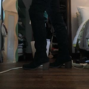 Lucky over the knee suede black boots